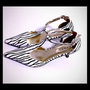 Ashro zebra print heels size 8M